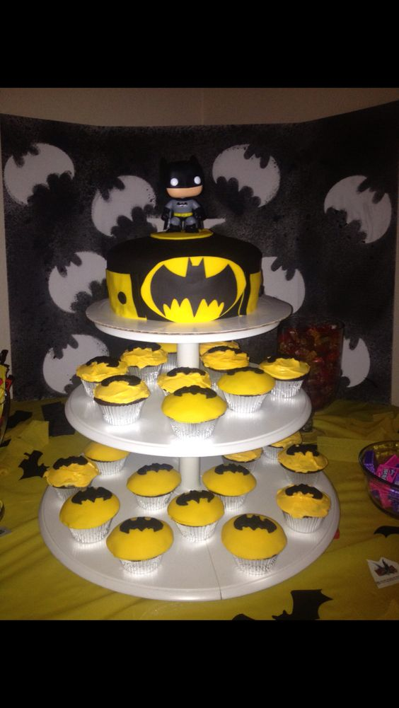 Kenneths 4th birthday Batman cake