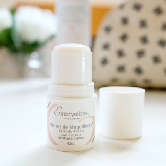 @everythingsrosiex wrote a fantastic review of the perfect travel size Radiant Eye Stick from @embryolisse. It's perfect for depuffing and refreshing eyes after a long flight to look fresh on arrival at your destination.  by @everythingsrosiex. Now available on OFFEN. #Embryolisse #travelsize #offenstore