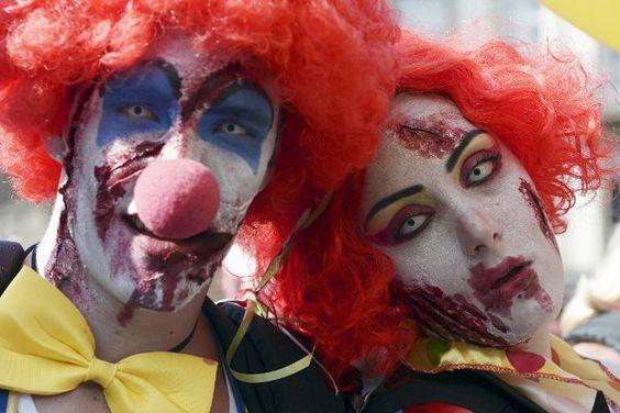 Una oleada de payasos agresivos siembra el terror en Francia, donde la policía detuvo el sábado a 14 adolescentes disfrazados de 'clowns' armados de pistolas, cuchillos y bates de béisbol en la ciudad de Agde (sur), según una fuente policial.