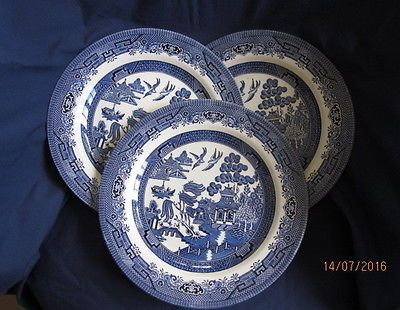 #Churchill #willow pattern 3 x dinner #plates 26cm,  View more on the LINK: 	http://www.zeppy.io/product/gb/2/391532136909/
