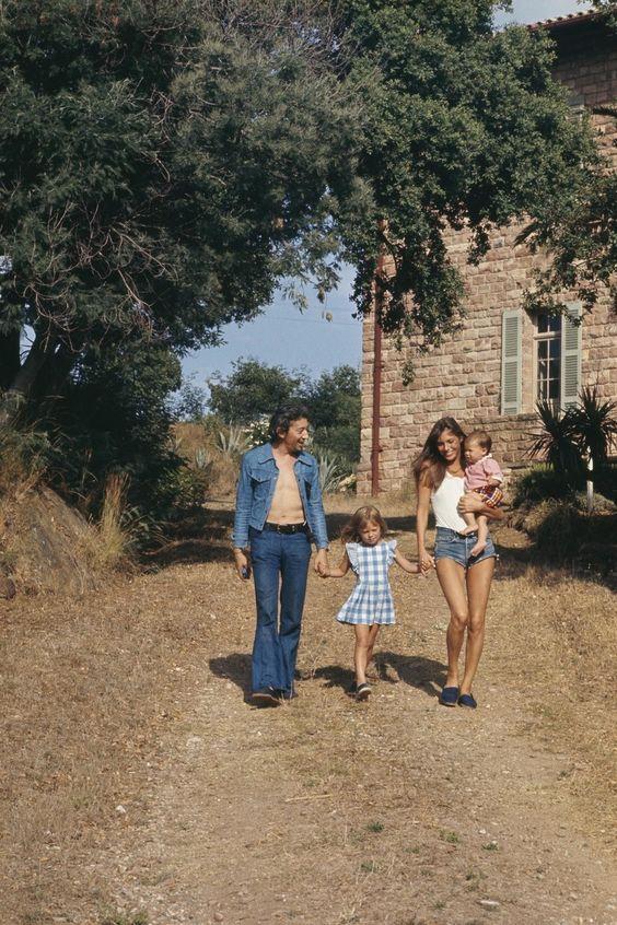 11 clichés solaires du couple Serge Gainsbourg/Jane Birkin en vacances