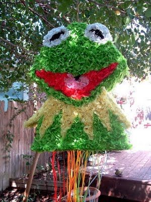 DIY: How to make a Kermit the Frog pinata from scratch!    *Making it for my sons 1st birthday!