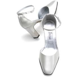 SALE $25.00 Per Pair - While Supplies Last - At: http://www.weddingsocialnetworking.com/Home::bridal_shop.html?m=product=013800=009478