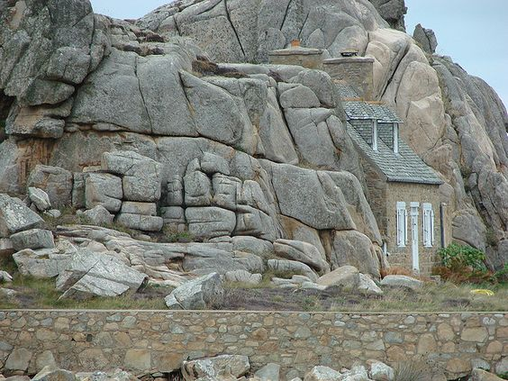 La petite maison de Plougrescant   by tizef