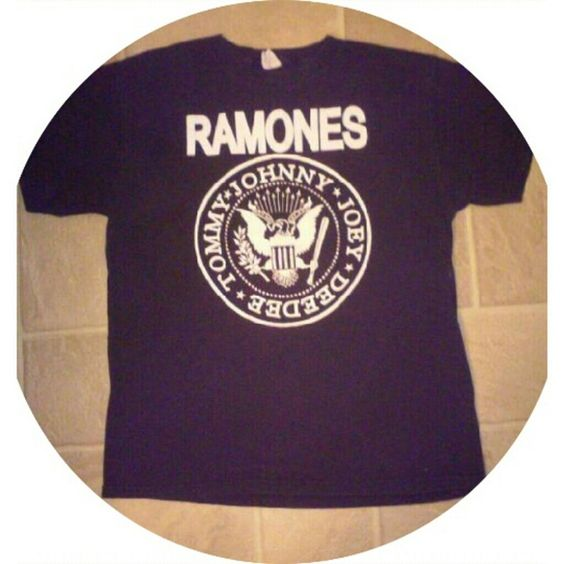 ?? New Listing ?? Ramones Band Shirt Unisex Size M Has signs of wear, no holes or stains. 11-21-15 Tops Tees - Short Sleeve