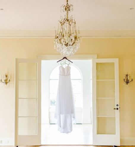 We love the vintage look of the Phillippi Estate mansion. The chandeliers are one of the best parts!