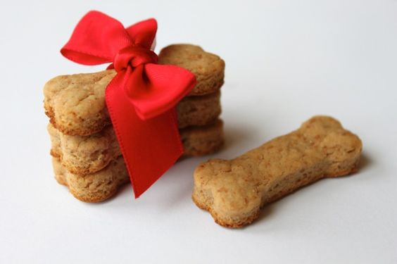 Peanut Butter Cookies for Your DOG!! Look great
