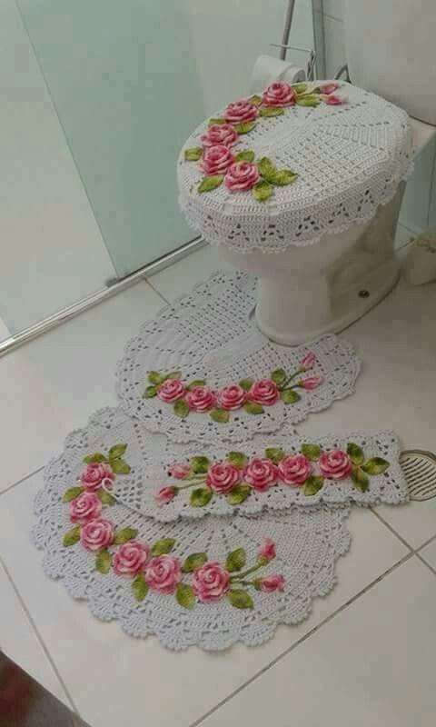 Jogo De Banheiro Cru Com Flores Rosa Mesclada 150 00 Zap 11967901411 Jogos De Croche Jogos De Banheiro Croche Croche Para Banheiro