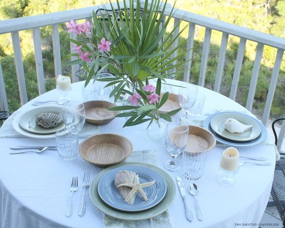 How to Get the Look: Nature Inspired Beach Table Setting