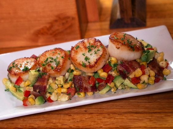 Get this all-star, easy-to-follow Seared Scallops with a Corn, Bacon and Avocado Relish recipe from Rachael vs. Guy: Kids Cook-Off.