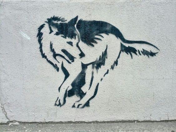 Wolf stencil in München