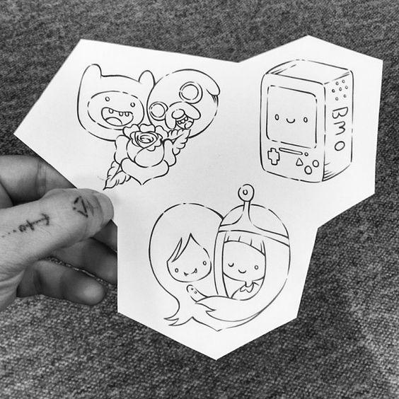 """""""Na onda das flash tattoos, rabisquei esses três desenhozinhos baseados n'A Hora da Aventura!  A quem interessar, estarei tatuando a 60 reais, cada uma.…"""""""