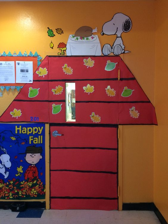 Thanksgiving Door Decoration Ideas Classroom : Fall classroom door charlie brown thanksgiving and