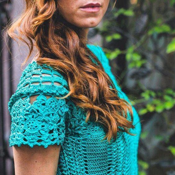 Green look Today #vanessamontorostyle #handmadeluxurydresses ❤️❤️❤️❤️
