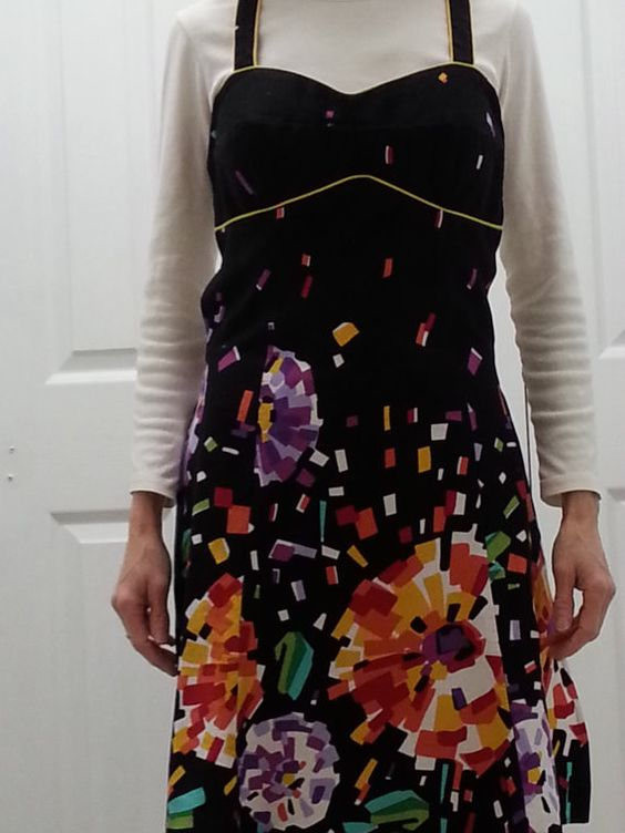 Check out this item in my Etsy shop https://www.etsy.com/listing/261896909/apron-womens-black-colors-print