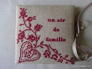 Toile de lin et petites croix: Fold out