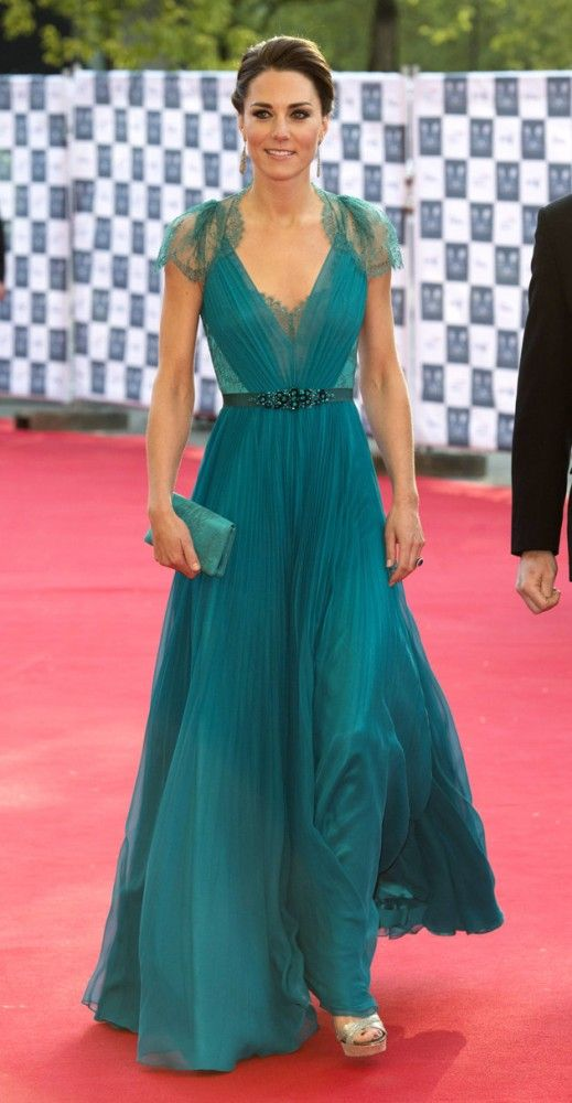 I love this gown, pinned once just the back of it but now found the ...