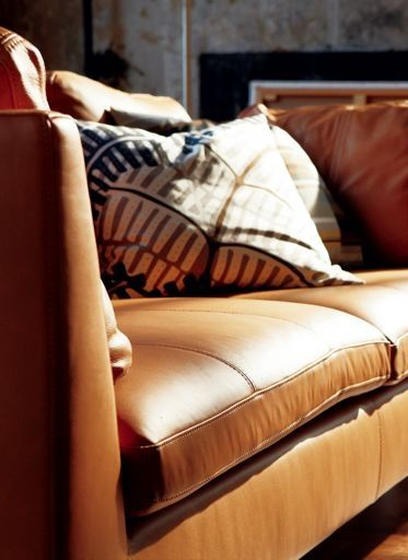 Ikea stockholm stockholm and leather sofas on pinterest for Canape stockholm ikea cuir