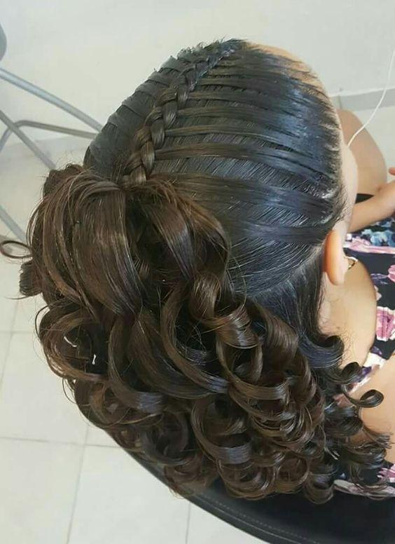 Risos Risos 15 Ideas Con Encantadores Peinados Para Bautizo Y Primera Comunion Hair Styles Pinterest Hair Braided Hairstyles