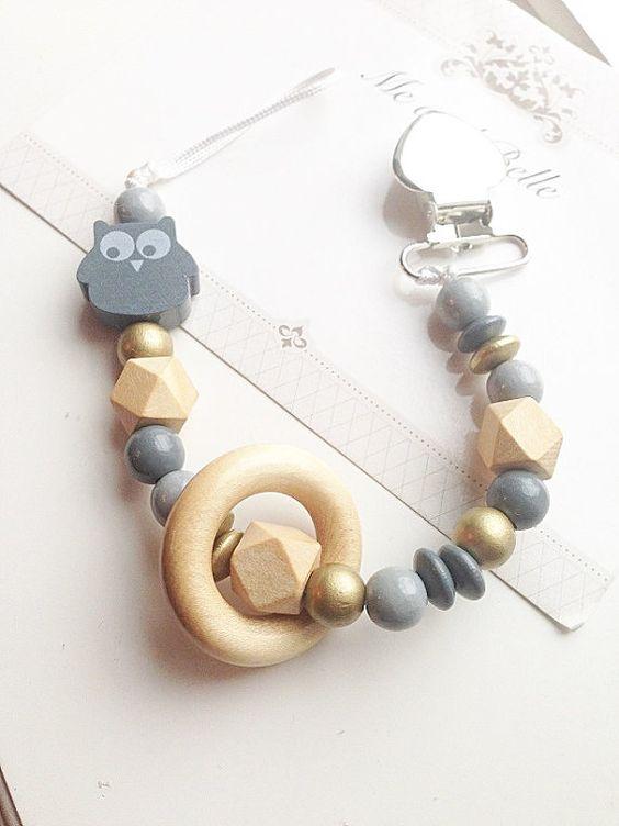 Attache t tine chaine factice perl e accessoires pour - Tuto attache tetine perle ...