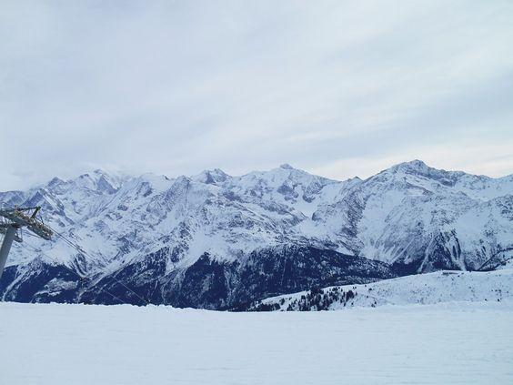 La neige sur les sommets