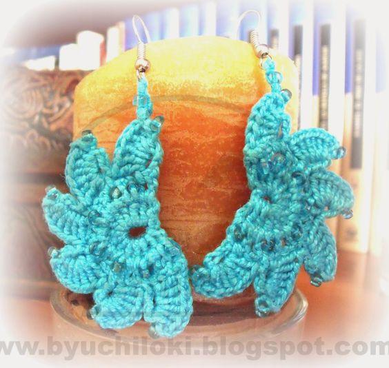 PRODUCCION PROPIA By Uchiloki: Turquoise Moon Earrings  3,00$ Están realizados con la técnica de crochet en hilo 100% algodón turquesa, abalorios del mismo color y enganche plateado.Ponle color a la vida ^_^. Más información  y encargos en uchiloki@gmail.com