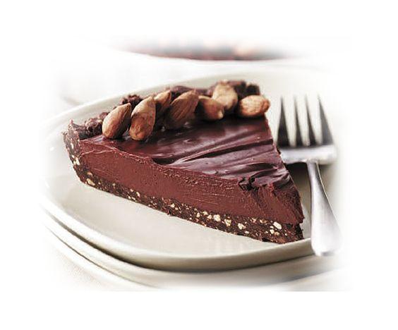 Tarte au chocolat noir et au tofu sur croquant d'amandes | Première Moisson