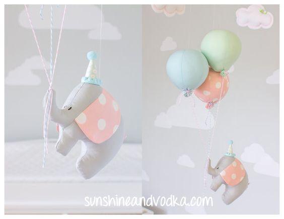 Ballon Baby Mobile Elefanten und Ballon von sunshineandvodka