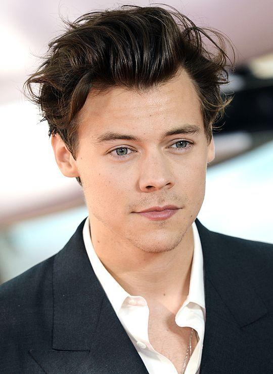 Snl Hair Harry In 2020 Harry Styles New Haircut Harry Styles Hair Harry Styles Snl