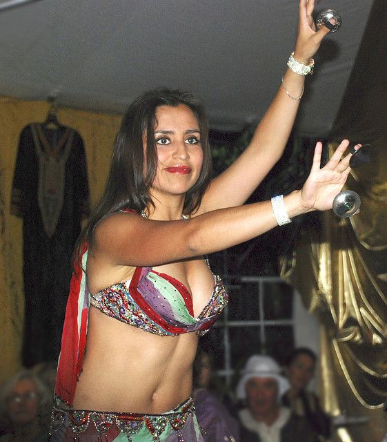 belly dancer from Khemisset, Morocco