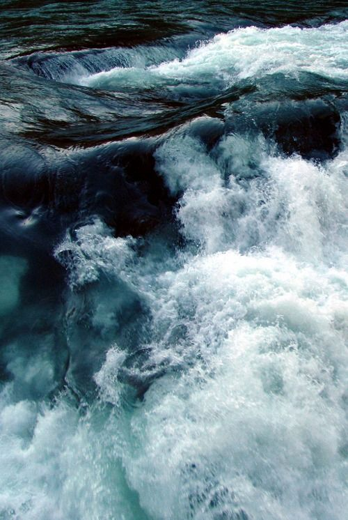 WATER | FRESH | BLUE | LIGHT |LIQUID | PASSION | SEA | OPEN