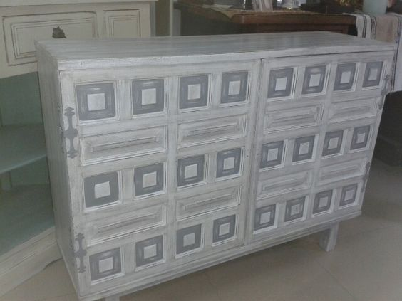 Mueble castellano restauraci n mueble pinterest for Muebles antiguos restaurados en blanco
