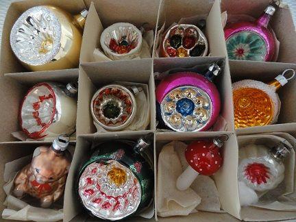 te koop, vintage kerstspullen uit de jaren 50, 60, 70 en 80 - Kleding ...: https://nl.pinterest.com/pin/539165386612035531