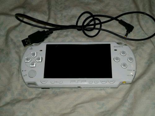 Sony PSP 2000 https://t.co/J004dqGwiU https://t.co/UQ8NxSJdO2