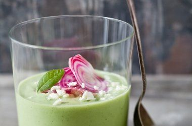 Chilled Cucumber Avocado Soup: Cucumber Soup, Cucumber Avocado, Cold Soup, Soup Recipe, Chilled Soup, Avocado Soup, Soup S