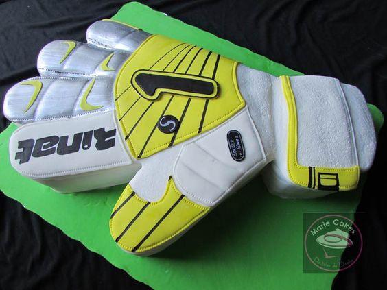 Pastel Guante De Futbol Goalkeeper Glove Cake Sporty