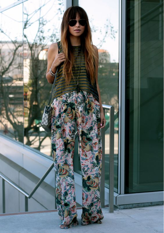 Great pattern/colour combo's...: Fashionclothes Style, Sincerelyjules Hair, Printed Pants, Style Inspiration, Street Style, Sincerelyjules Style, Sincerely Jules, Floral Pants