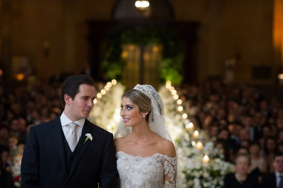Ph: Marco Costa Photography | Post: APR 23, 2015 - Casamento Vivi & Tato {via Say I do} → http://www.sayido.com.br/casamento-vivi-tato