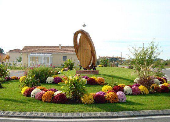 Rond point a Saint-Vincent-de-Tyrosse (40)