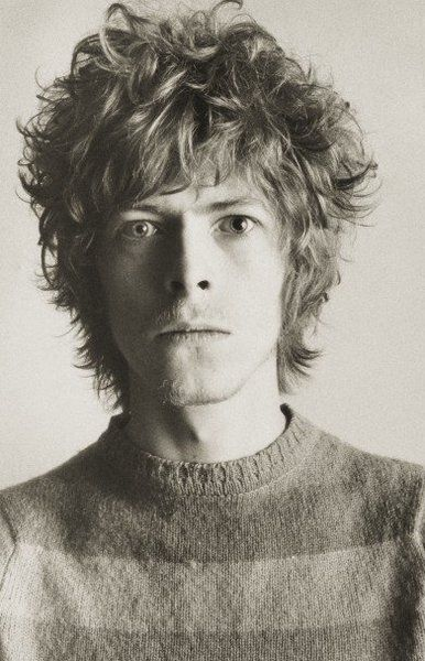 Young David Bowie. Looks like Chris Martin from Coldplay ...