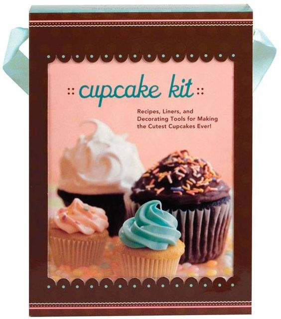 This kit has everything needed for making and decorating dozens of festive cup-sized confections: 14 scrumptious recipes, 250 decorative cup liners in two sizes, a pastry bag, and an assortment of piping tips for creating one-of-a-kind masterpieces. @princesslove23