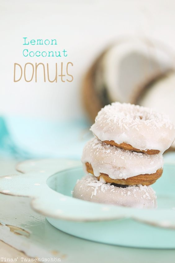 Tina's Tausendschön: So ein bißchen Sommer, Sonne, Strand Feeling: Lemon Coconut Donuts!