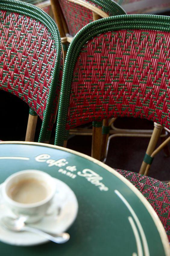 Terrasse Café de Flore, Paris, Boulevard Saint Germain, Chaise Seine Maison Drucker, Plateaux émail, Cannage prestige