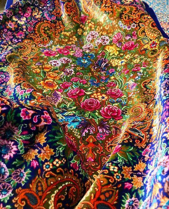 Pin By Ali Zangbari On Illustrazione Rugs On Carpet Persian Carpet Silk Rug