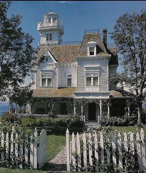 victorian home from practical magic by alisa old houses