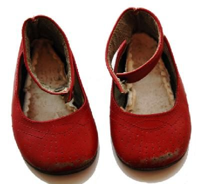 Vintage Red shoes #thelondonschool