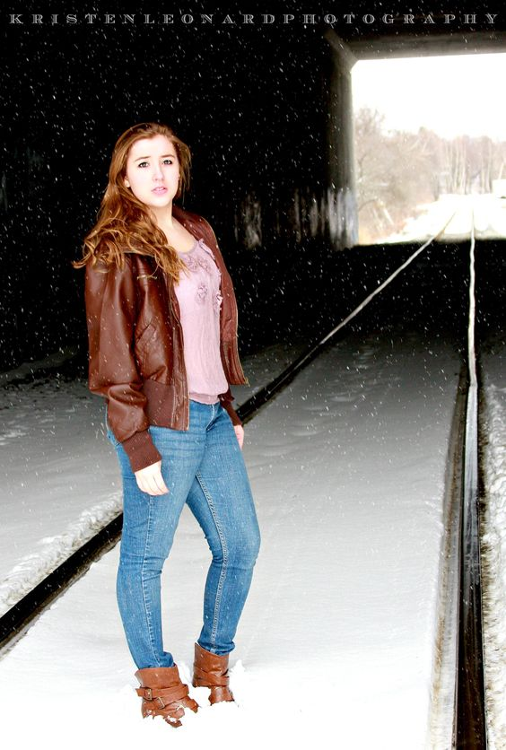 Senior Style portraits, Winter portraits, Urban photography