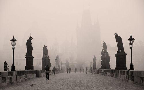 scrumtrulescent:  atomatom:  <3 I need to go back soon! I <3 Prague! :-) black-and-white:  Charles Bridge / Praha (by Igor / A300)