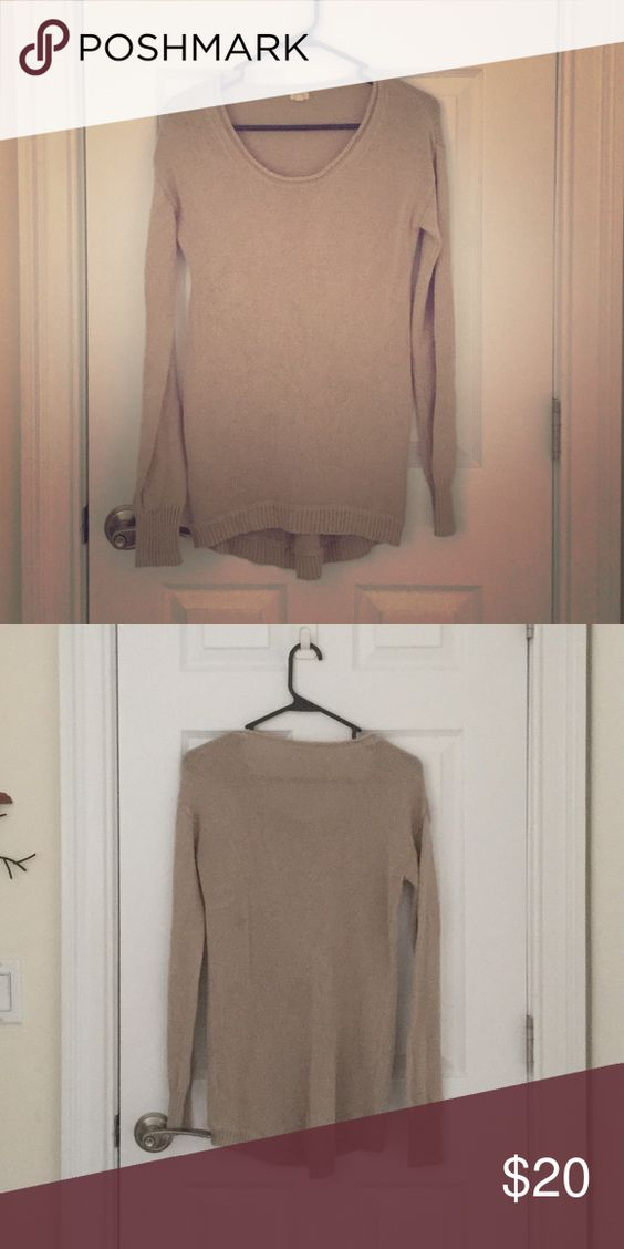J.crew oatmeal sweater Great basic j.crew staple sweater! Goes with anything and really comfortable. Size xs but fits a little oversized! J. Crew Sweaters Crew & Scoop Necks