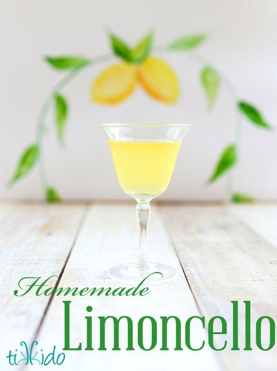 Homemade Limoncello recipe and tutorial. I love giving a ...